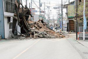熊本地震直後の町