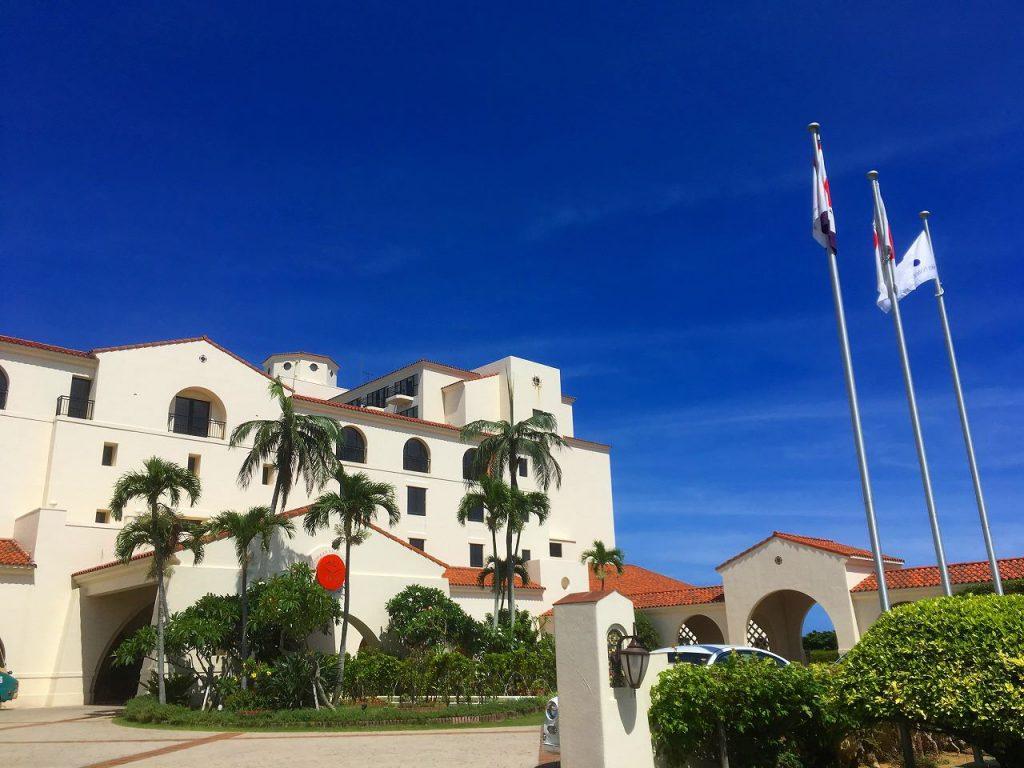 ふるさと納税で貰える!沖縄の「ホテル日航アリビラ」宿泊券・ランチ券のお得な返礼品のご紹介