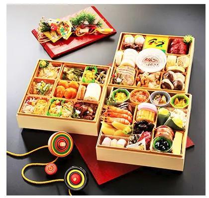 【さとふる限定】2019年新春安平町三段重特製おせち料理 春駈ける(かける)、あびらのおせち